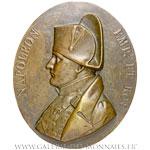 Grande fonte en bronze, à la gloire de Napoléon Ier Empereur et Roi